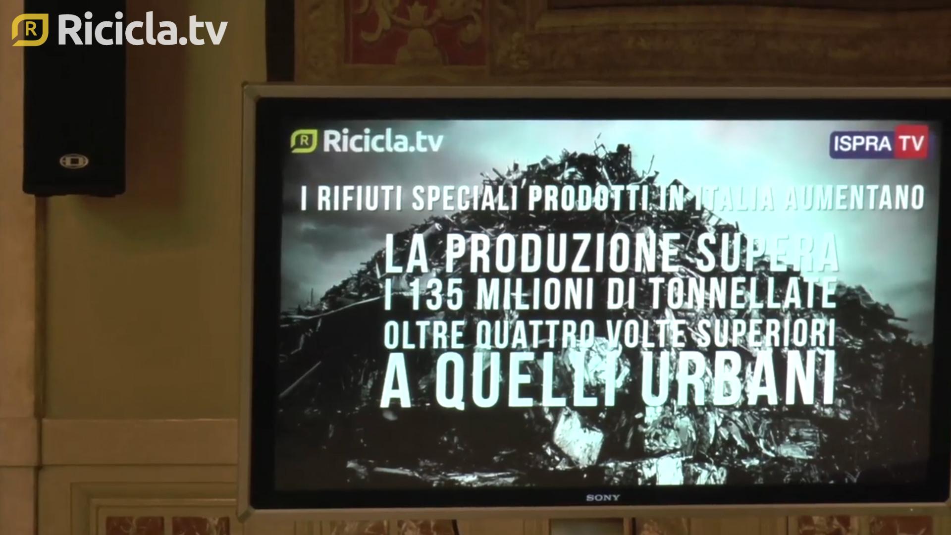 """RIFIUTI SPECIALI, ISPRA: """"NEL 2016 RICICLATO IL 65%"""""""